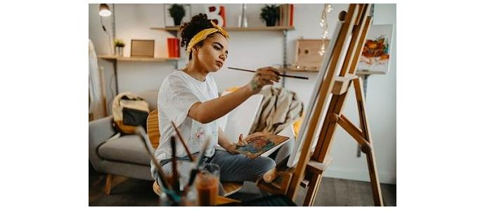 Dlaczego warto używać sztalugi do malowania obrazów?